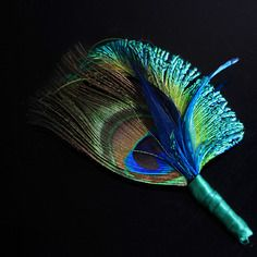 Boutonnière marie plumes paon vert et bleu, boutonniere homme vert fonce  style vintage