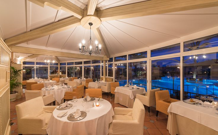 La Terraza restaurant - dine on the terrace with its poolside and patio views, or in the elegant dining room and be  tempted by a range of haute cuisine dishes from the classically Spanish to the emphatically international. - La Cala Resort, Costa del Sol