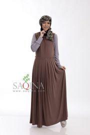 Dres tanpa lengan dengan detail remple pada leher dan pinggang, tersedia dalam beberapa warna cantik.