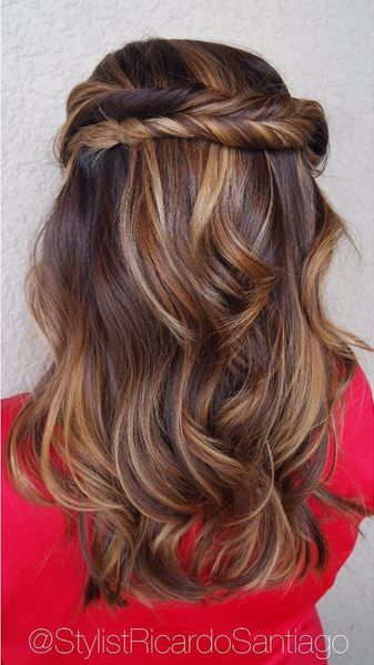 Wood grain brown warm balayage hairstyle