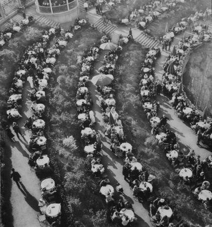 Barrandovske terasy v dobe nejvetsi slavy cca. rok 1932