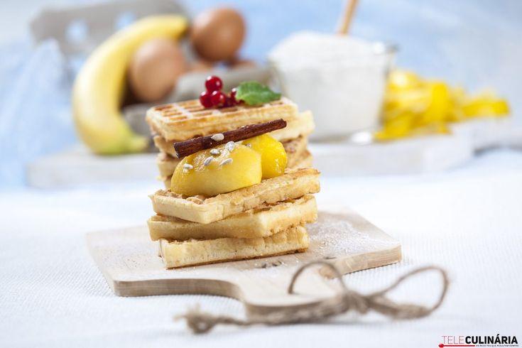 Receita de waffles de trigo sarraceno com maçã e canela. Descubra como cozinhar waffles com maçã e canela de maneira deliciosa com a TeleCulinária!