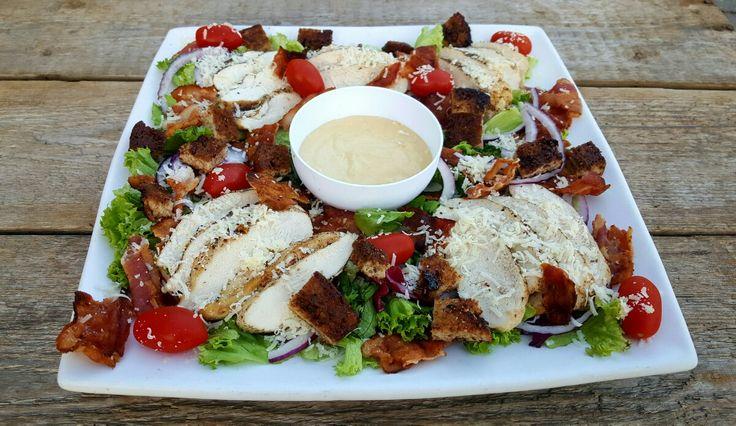 Cæsarsalat er en yndet salat over hele verden både til hjemmebruk og på restaurant...