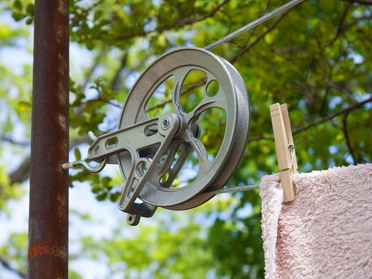 Traditional Clothesline Pulley