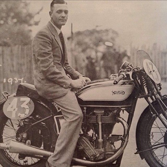 """Frederick Lee """"Freddie"""" Frith OBE (born 30 May 1909 - 24 May 1988 in Grimsby, Lincolnshire, England) was a British former Grand Prix motorcycle road racing world champion. A former stonemason and motor-trader dealer was a stylish rider and five times winner of the Isle of Man TT. Frith had the distinction of being one of the few to win TT races before and after the Second World War. Image is from 'The Keig Collection volume 2' #norton #gentlemansride #ridedapper #dgr2014"""