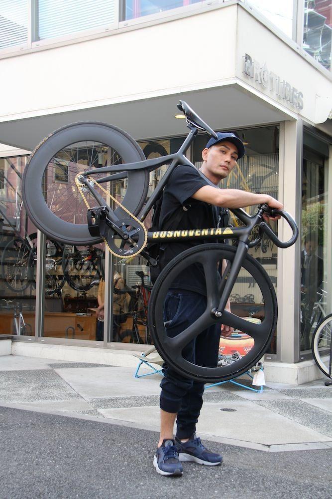 Brotures Leaderbike Dosnoventa Tokyo Kmc Z710 自転車 ピストバイク カスタム ブローチャーズ リーダーバイク ドスノヴェンタ 自転車に乗る ピストバイク ピスト カスタム