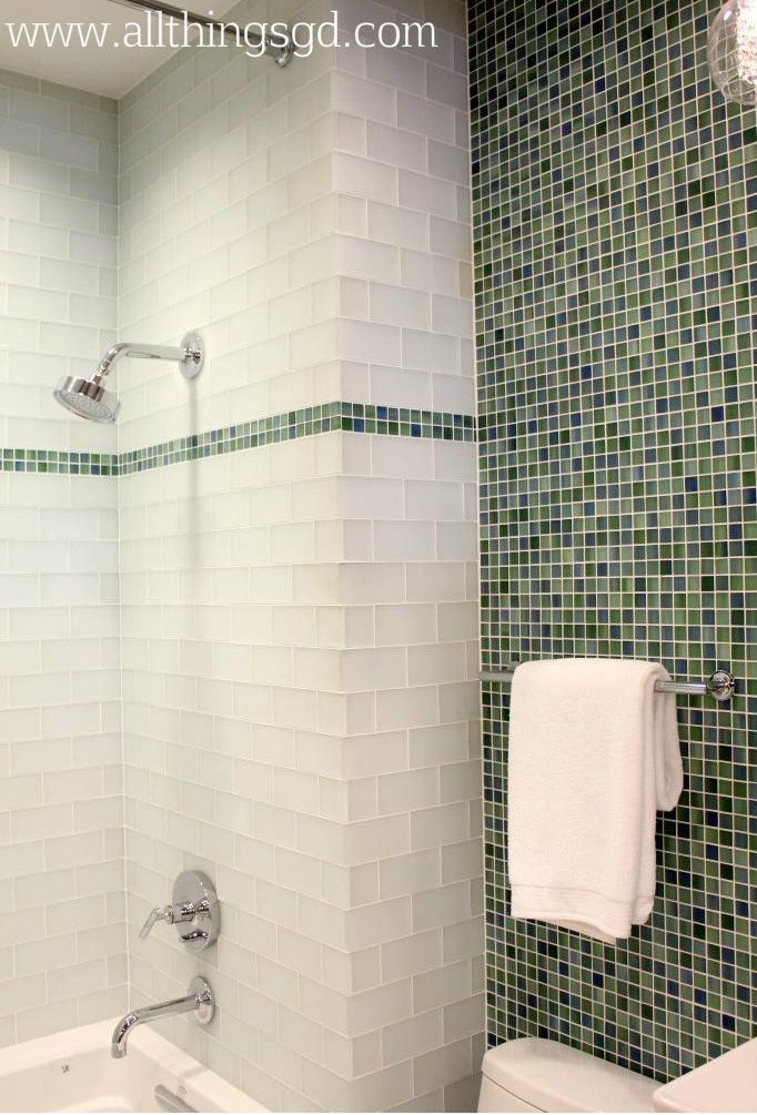 Lovely Colors for Bathrooms with No Windows