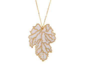 Collar collar de hojas de Miyuki collar por SinezarHandmade en Etsy