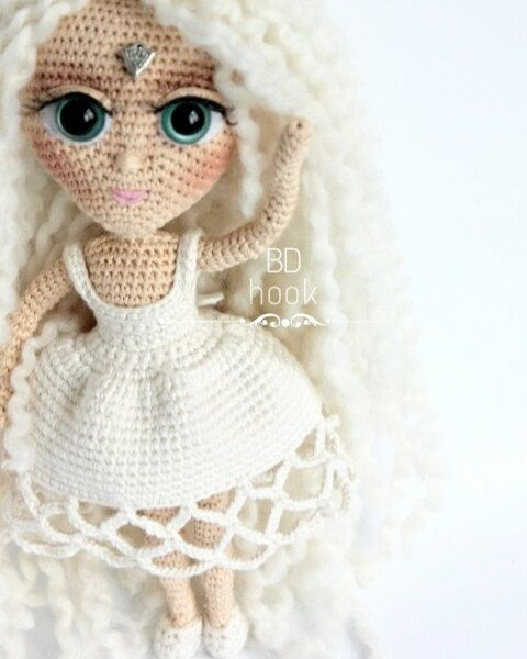 Amigurumi Queens : 1000+ images about Crochet-dolls on Pinterest Lalaloopsy ...