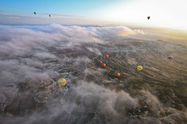 Balloons fly over Goreme by Mau Bila on 500px