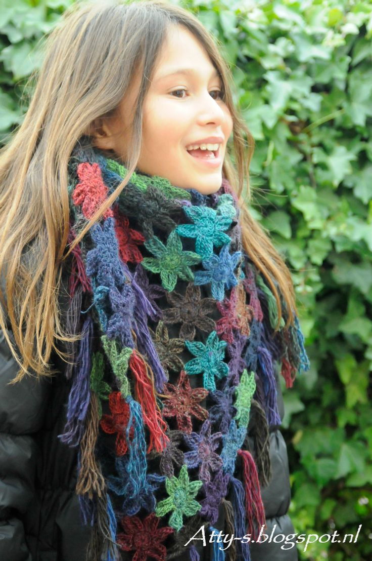 Flower Scarf By Atty - Free Crochet Pattern - (atty-s.blogspot)