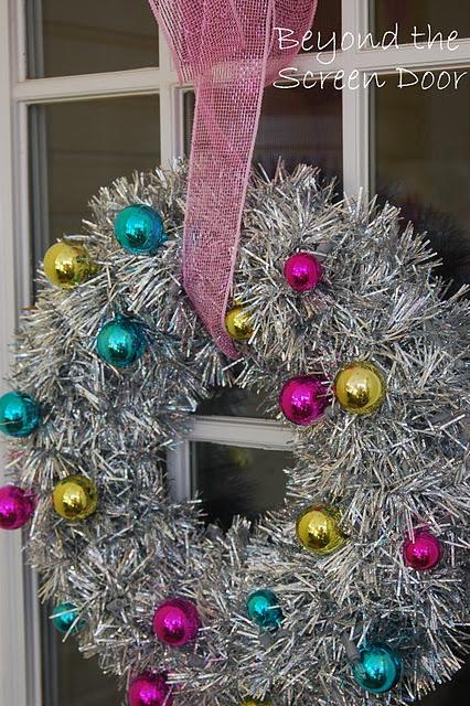 I love vintage Christmas decorations.