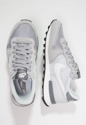 Nike Sportswear INTERNATIONALIST - Sneaker - wolf grey/summit white/pure platinum/cool grey