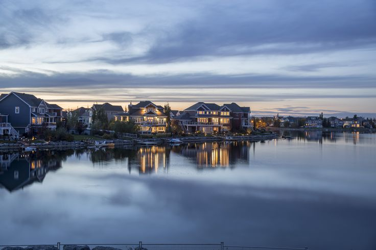The community of Lake Summerside in Edmonton