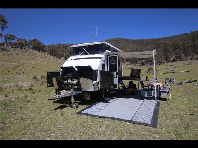 New Trax 12 Quot White Series Quot Jawa Off Road Hybrid Caravan