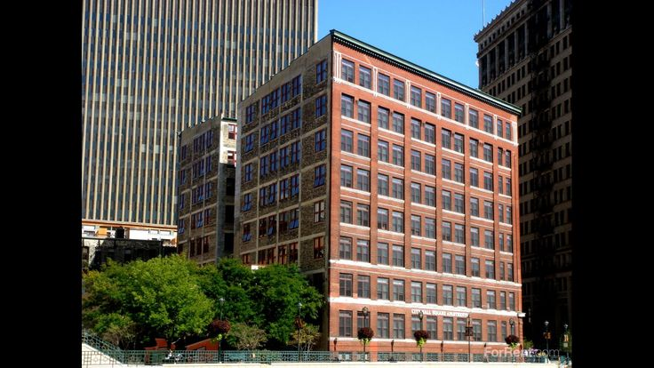 City Hall Square Apartments For Rent in Milwaukee, Wiscons - ForRent.com