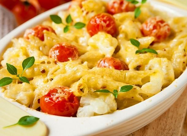 Pasta casserole with ground beef and vegetables