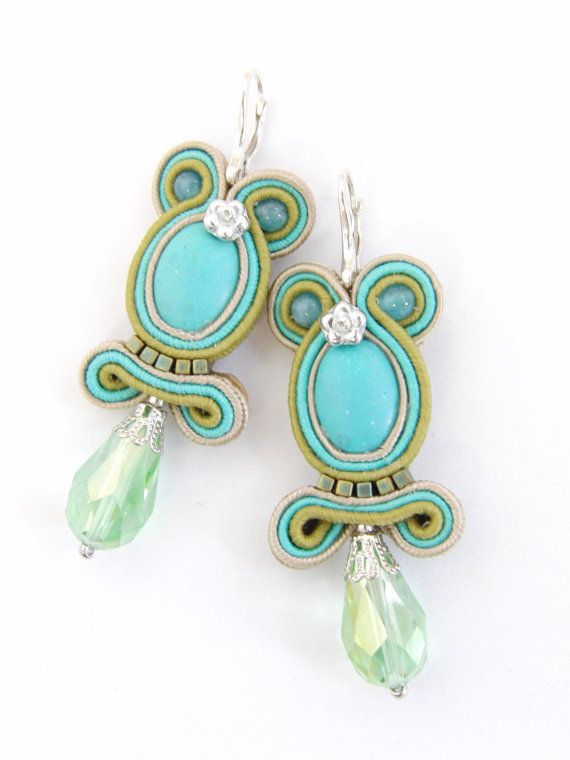 Hey, I found this really awesome Etsy listing at http://www.etsy.com/pt/listing/155071492/soutache-earrings-turquiose