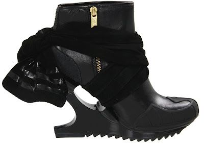 Daring Wedge Boot