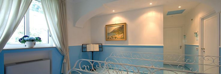 Positano - Positano hotels Hotel Bougainville Positano Amalfi coast Italy, hotel Costiera Amalfitana, hotel accomodation Positano hotel tre stelle - Hotel La Bougainville