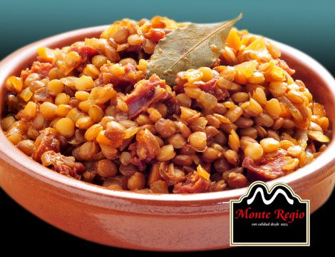 Lentejas con longaniza y jamón ibérico #MonteRegio ¡la mejor comida para un día frío y lluvioso del mes de febrero!