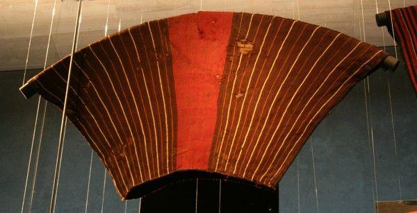 Túnica trapezoidal. Unku. Arica. Colección Manuel Blanco Encala.