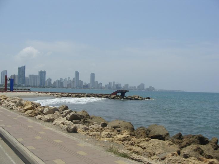 Bahía de Cartagena , al fondo zona hotelera Bocagrande