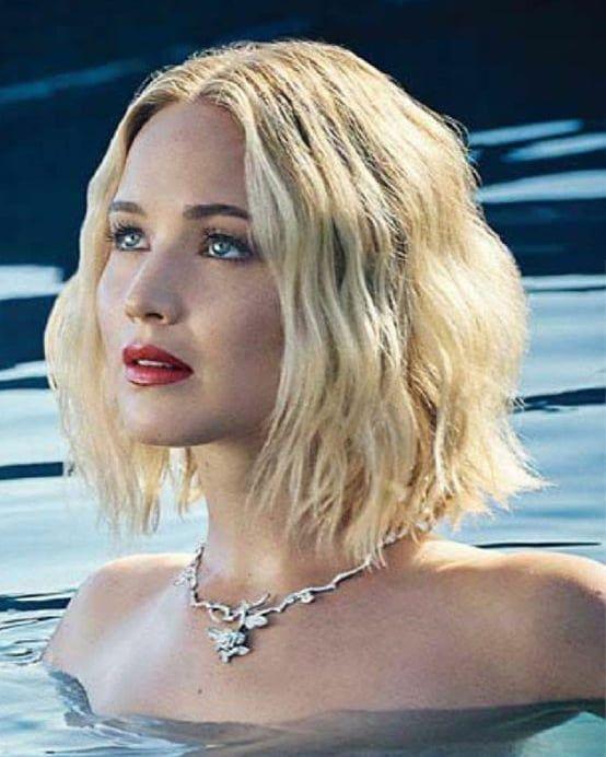 """Jennifer Lawrence auf Instagram: """"Neues BTS-Bild des Fotoshootings für"""" Joy """"…"""