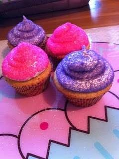 Peeps! by kristen0329: Cupcakes Muffins, Peeps Cupcakes, Cuppy Cake, Cupcake Cupcake Cupcake, Cupcake Ideas, Cupcake Happiness, Cupcake Delights, Cupcake Cakes, Cupcake Crazy