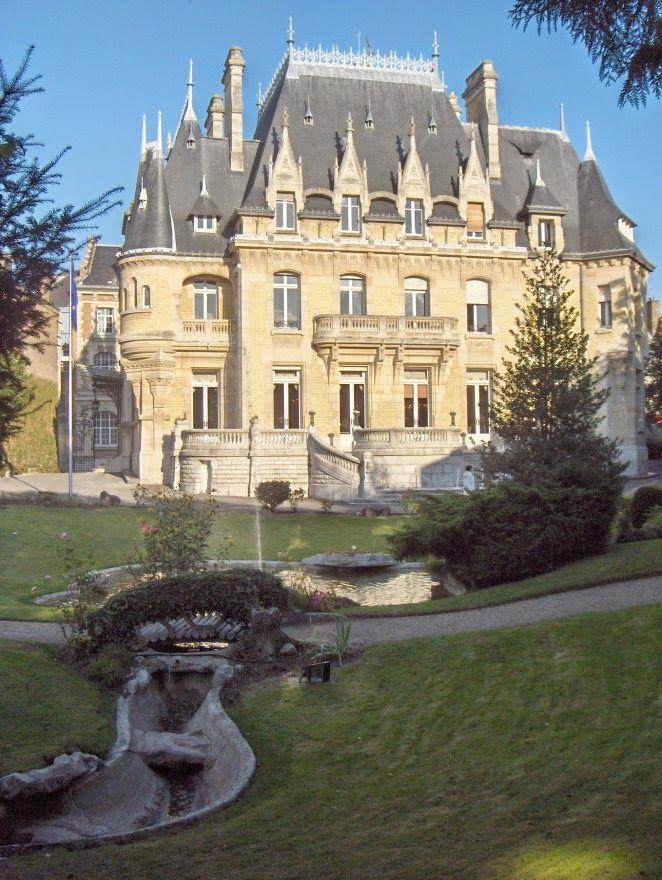 MORNING LIGHT: Hotel Bouctot Vagniez Amiens