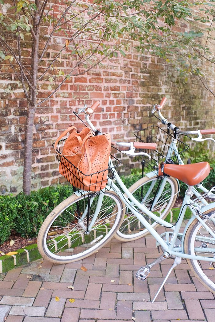 Girls' Weekend Guide to Charleston, South Carolina | The Everygirl