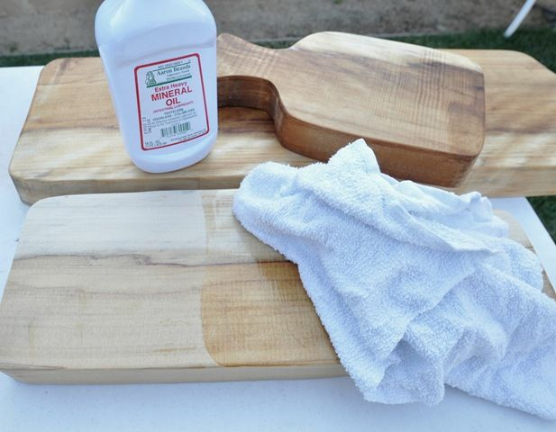 DIY cutting boards... I didn't realize how little prep is actually needed to make a cutting board food safe!