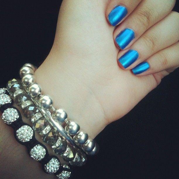Electric Feel by Alessia Lamonaca #shamballa #shamballaballs #tiffany #armcandy #bracelets #hdnails #notd #sallyhansenhd #sallyhansen #bluenails #electricnails #nails #nailart #blue
