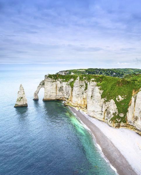 The Most Beautiful Places in France: Cliffs of Étretat, Normandy/Les falaises d'Etretat