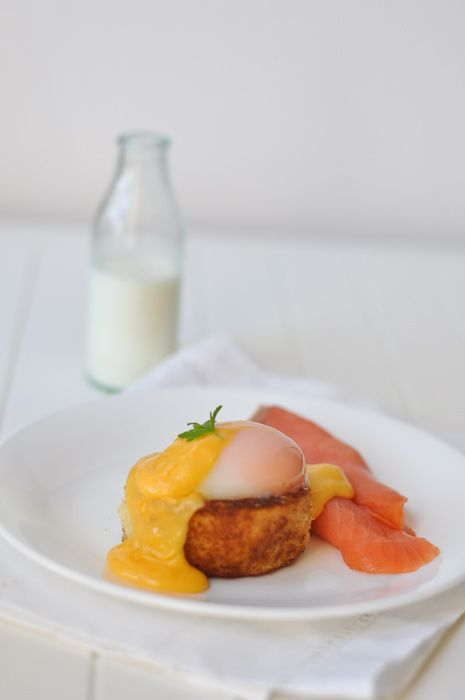 Poached Egg and Hollandaise on the Thermomix trissalicious' easier hollandaise