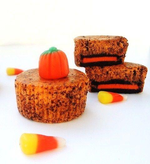 Mini Halloween Cheesecakes