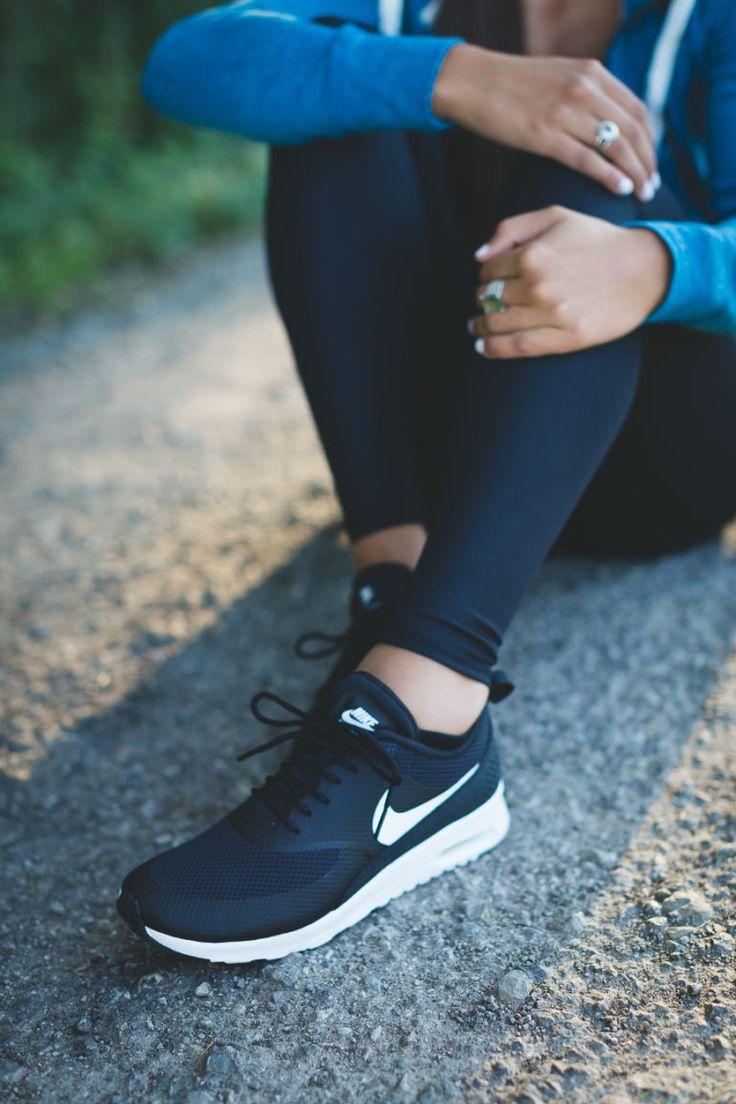 Weekly Workout Routine: Nike Vintage Hoodie