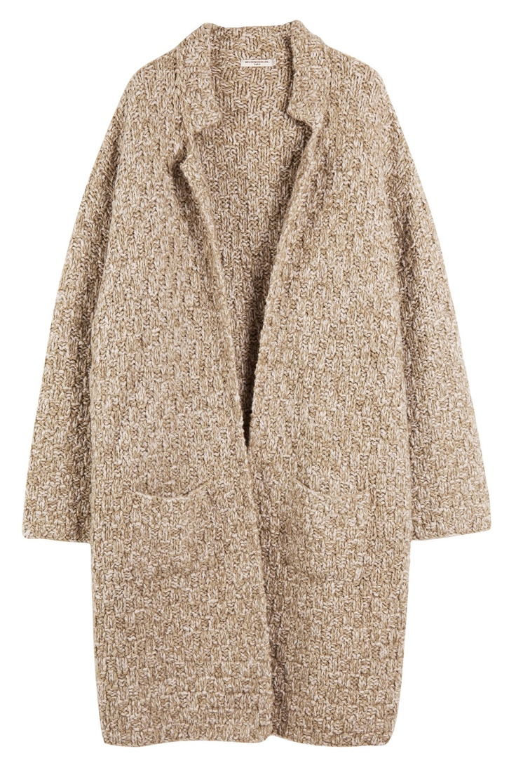 Very simple and uncomplicated | love the stitch on the knitted coat
