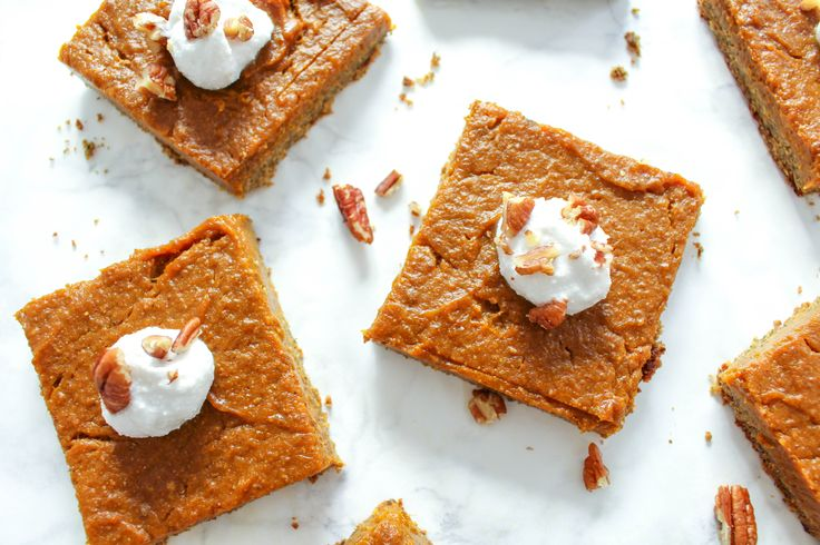 These vegan, gluten-free and nut-free heathy pumpkin squares are just the perfect treat for a very autumn-y kind of Sunday. They are creamy and delicious.