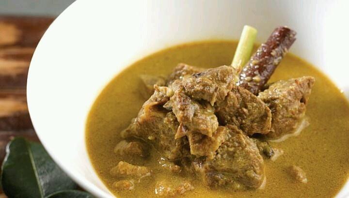 Gule Kambing ~ MEAT LAMB SOUP IN COCONUT MILK