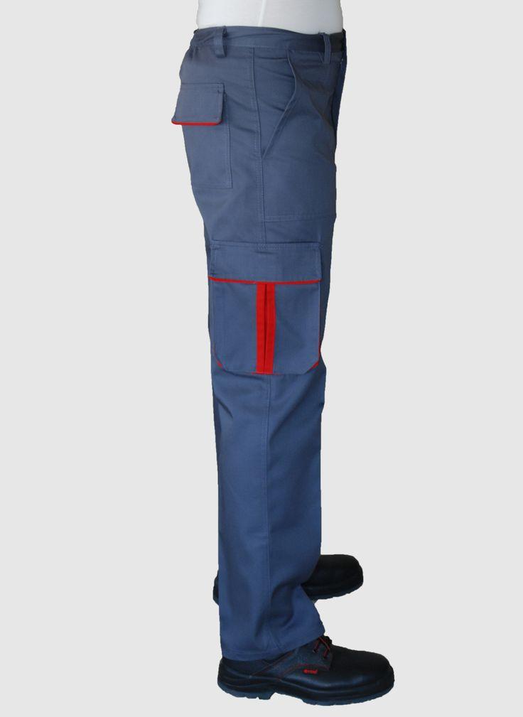 İş pantolonu lacivert renkli, %65 polyester %35 pamuklu  mevsimlik gabardin, kumaştan üretilmiştir.  Arkası lastikli. Sağ dizde komando cebi,  sol dizde alet cebi, arkada bir adet kapaklı cep ve yanlarda klasik cep vardır.   Şık görünümüyle imajınıza katkı sağlayacak. Ürünümüzü sökülmelere karşı daha mukavemetli hale getirebilmek için gerekli yerler ponteriz dikiş yapılarak güçlendirilmiştir.