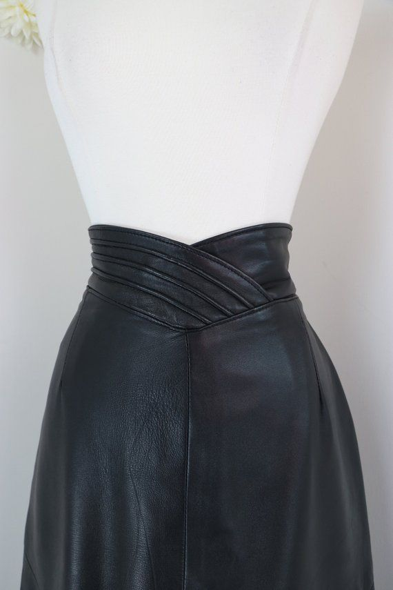 e1864a1c63 1980s Black Leather Pencil Skirt - Art Deco Waistband - Vintage - Sexy  Pinup Rockabilly - Midi - Danier Leat… | Vintage Clothing & Accessories For  Sale ...