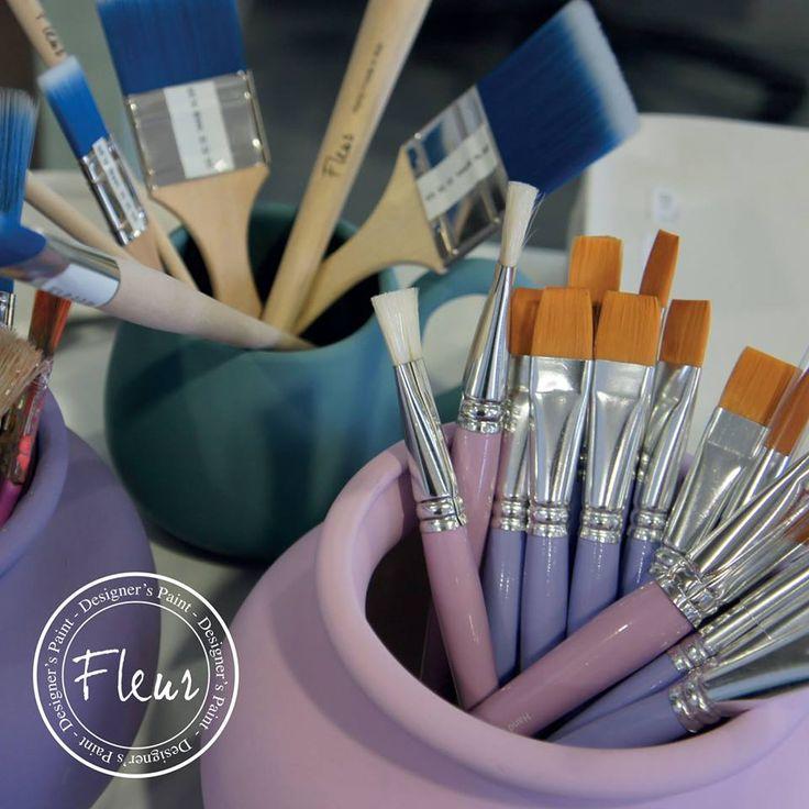 #pinceles #fleurpaint los mejores para aplicar la pintura #chalk. Sus cerdas terminan en punta de lanza, lo que permite que penetren mucho mejor en todas las superficies.