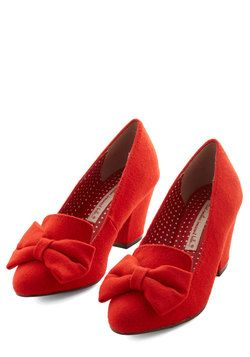7.5 Peppy Planner Heel in Orange. With the help of spreadsheets, lists, and seating charts precision is your name, and these bow-accented tangerine heels by Bait Footwear accompany you to all the events youve organized! #orange #modcloth