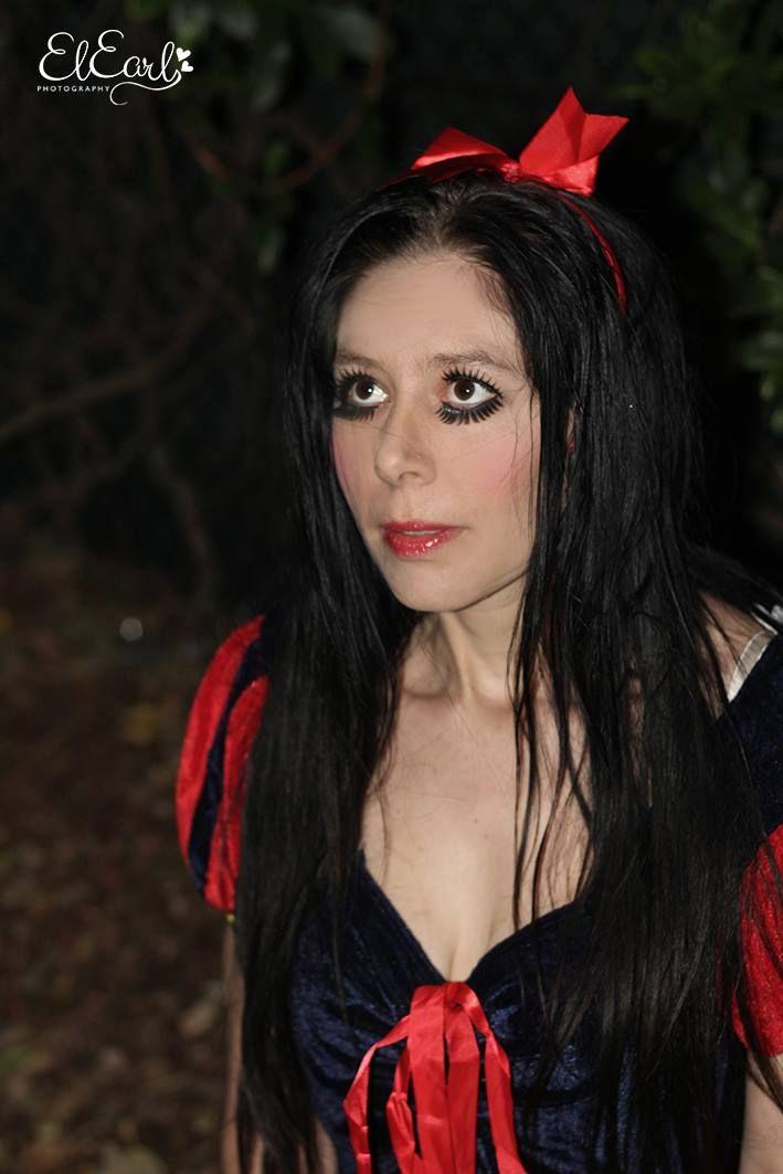 Dark Snow White.