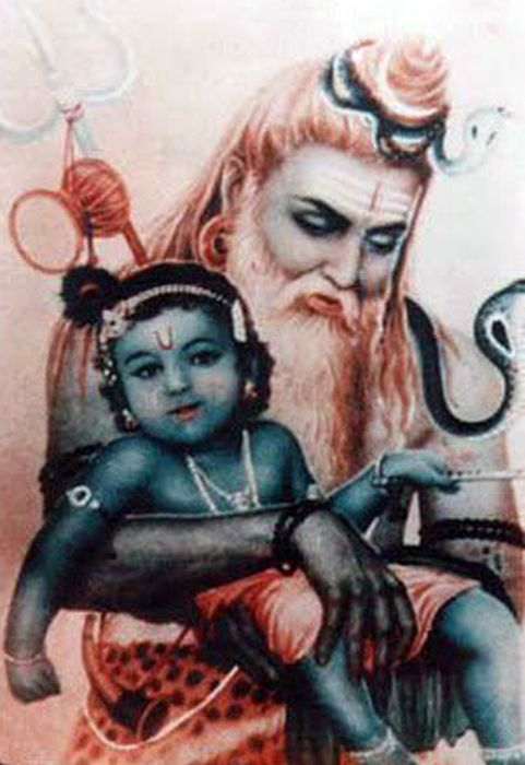 When Shri Krishna descended in the age of Dvaapar as a curly-haired, rosey-cheeked baby Who possessed as much splendor as the Universe itself, Lord Shiva rushed to Gokul to visit Him. He begged and pleaded repeatedly with Yashoda Maa to have a mere glimpse of the Divine Child, but Yashoda Maa objected each time, reasoning that her precious Babe would become frightened by Lord Shiva's appearance: his long matted hair, his several cobras, his body adorned with ashes.