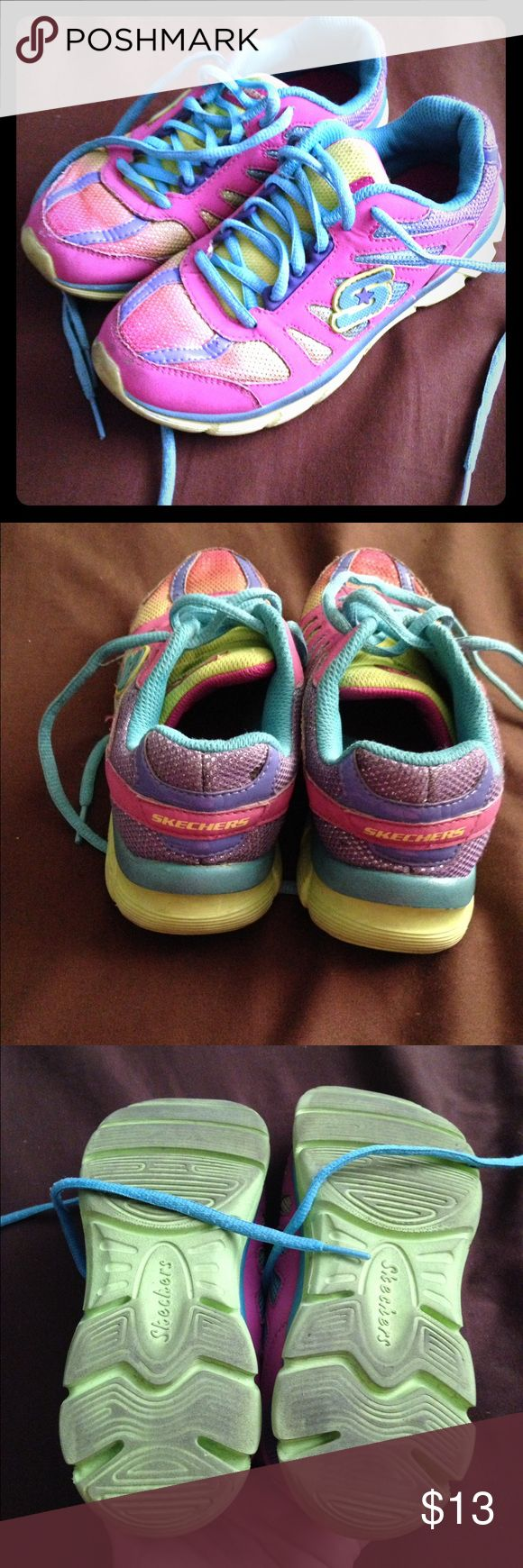 Sketcher sneakers tennis shoes size 2 Girls sketcher tennis shoes size 2 good condition have been washed sneakers Skechers Shoes Sneakers
