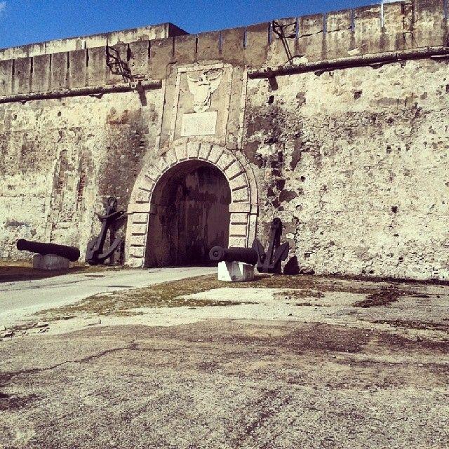 Forte S. Salvatore, Penisola di San Raineri a Messina #invasionidigitali #siciliainvasa2014 #invadizancle