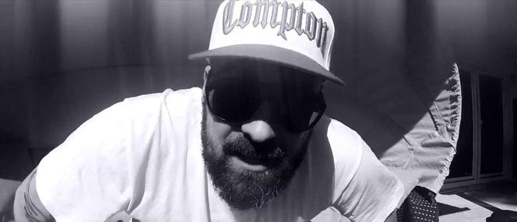 Sido kommt uff die Fress mit Rap-Allstar-Track - dabei Leute wie Moses P, Smudo, Banjo, Eko, Bushido etc.! Anhören!  http://www.runffm.com/2013/10/sido-prasentiert-rap-allstar-lineup-auf-30-11-80-video/  #sido #deutschrap #musik