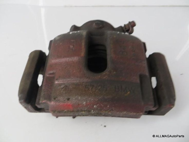 01-05 BMW 330 3 Series Right Front Brake Caliper & Bracket 34116765882 E46